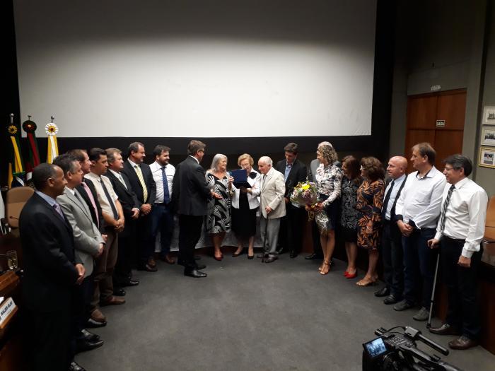 Legislativo homenageou Líria Jacques