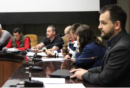 """Vereador Carlos Eduardo Ranzi (MDB) diz que ele e os colegas não votam na intenção do projeto. """"Votamos no que o projeto diz."""""""