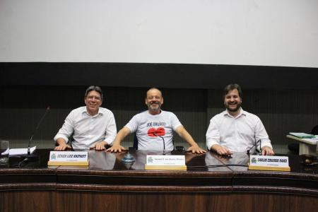 Mesa Diretora 2020: vereador Lorival Silveira (PP) - presidente; vereador Sergio Kniphoff (PT) - vice-presidente e vereador Carlos Eduardo Ranzi (MDB) - secretário.
