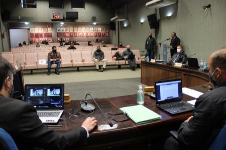 Vereadores solicitam melhorias em serviços voltados para a comunidade