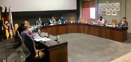 Comissões Permanentes emitem quatro pareceres favoráveis durante reunião ordinária